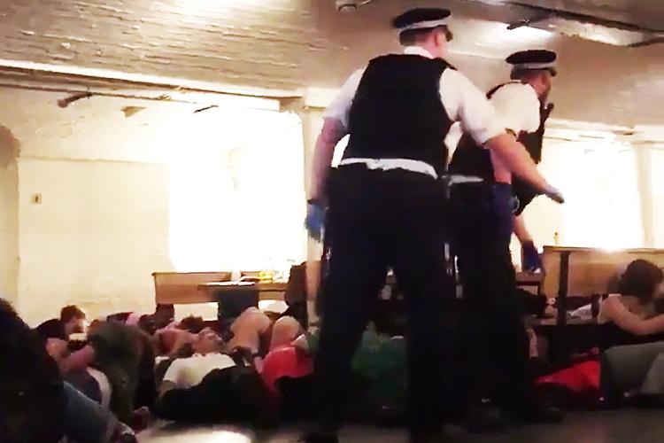 A polícia de Londres confirmou também um segundo incidente em Borough Market - 03/06/2017