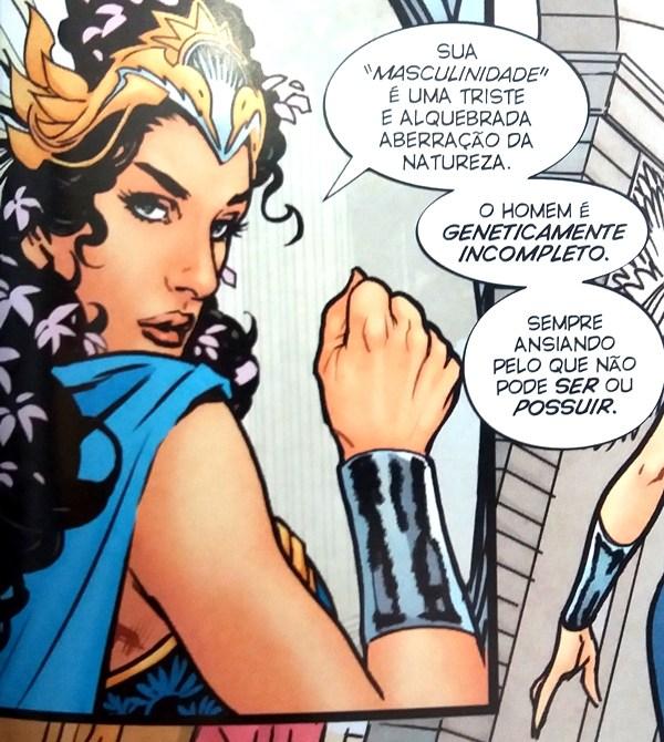 Hipólita, mãe de Diana, dá aula feminista em gibi