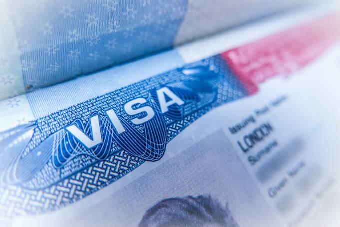 Passaporte com visto dos Estados Unidos