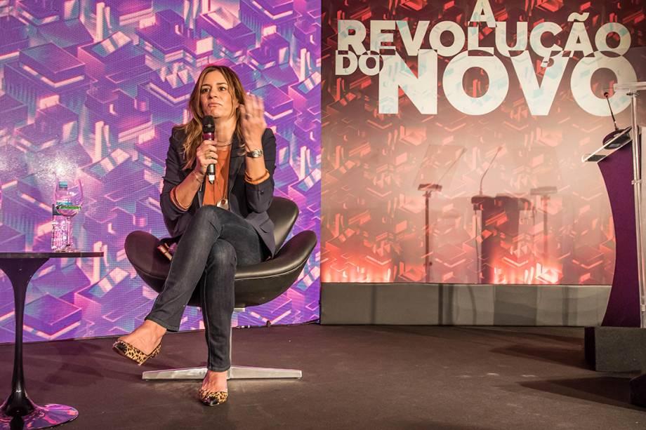 Regina Siqueira, presidente da ONG Comunitas no Fórum A Revolução do Novo: Transformação do Mundo