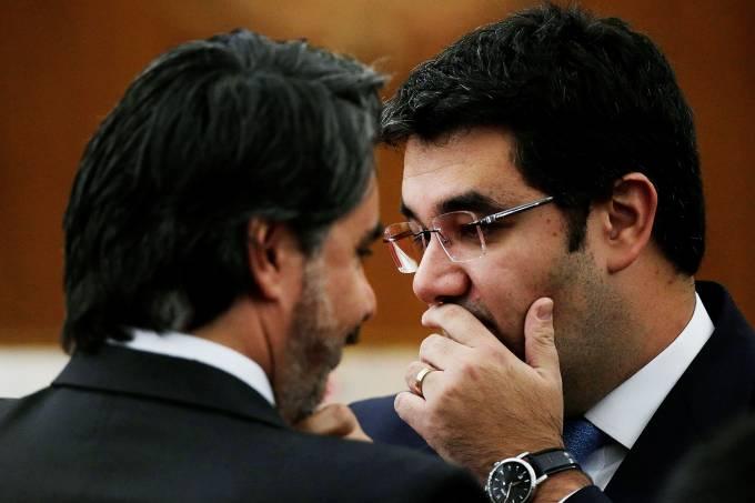 Os advogados Gustavo Guedes, de Temer, e Flavio Caetano, do PT