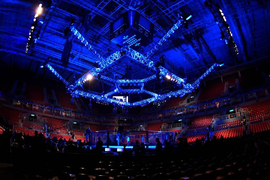 Octógono da Arena da Barra, na zona oeste do Rio de Janeiro, palco da disputa entre Aldo vs. Holloway no UFC 212 Rio - 03/06/2017