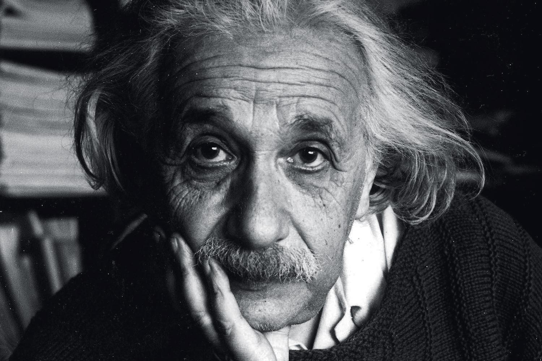 ALBERT EINSTEIN (1879-1955), físico alemão que criou a teoria da relatividade geral e, em 1921, ganhou o Nobel pela descoberta do efeito fotoelétrico, uma das bases da física quântica