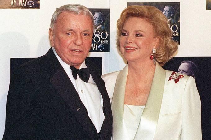 Morre Barbara Sinatra, viúva de Frank Sinatra