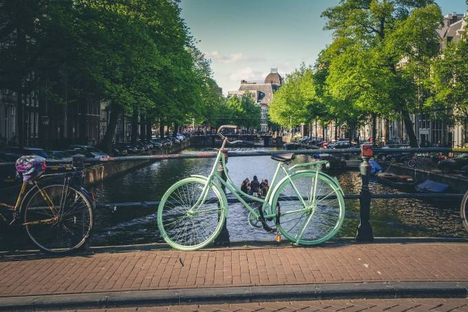 bikes-924730_1920