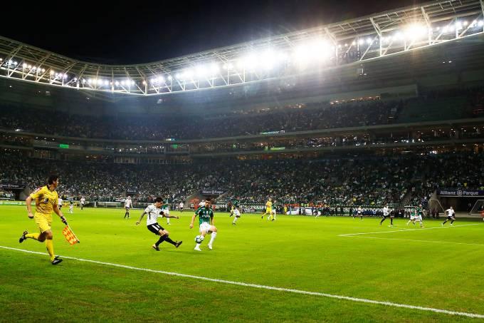 Estádio torcida única