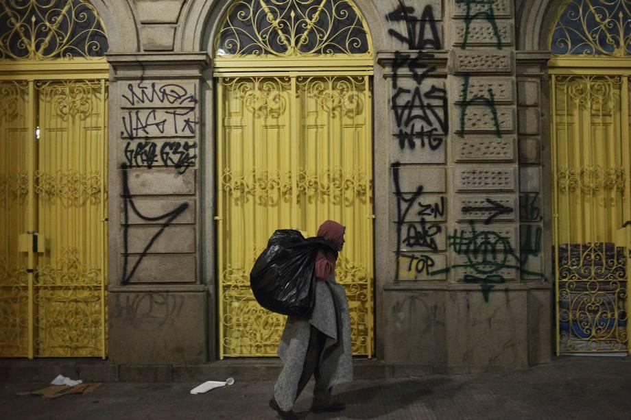 Morador de rua na região Páteo do Colégio,centro da cidade