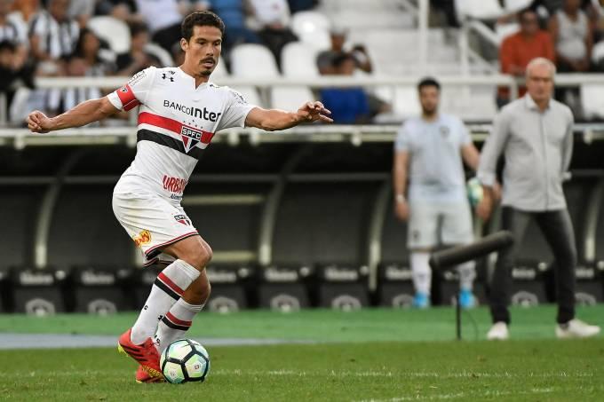 São Paulo vence o Botafogo