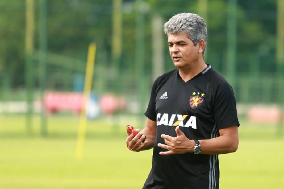 Ney Franco no comando do Sport