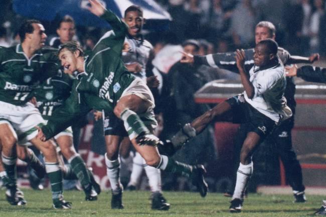 Edilson e Paulo Nunes - Campeonato Paulista 1999