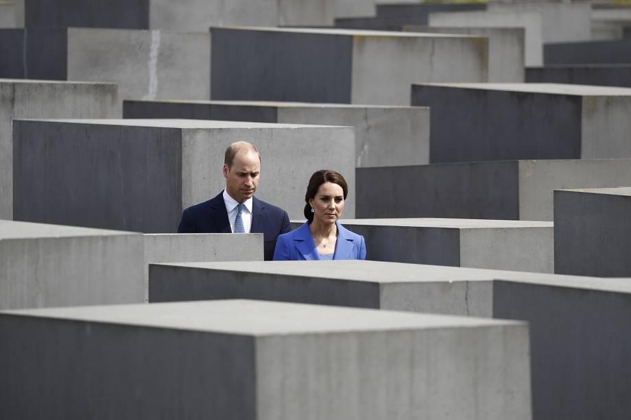 O príncipe William e a Duquesa de Cambridge Kate visitam o Memorial do Holocausto em Berlim, na Alemanha - 19/07/2017