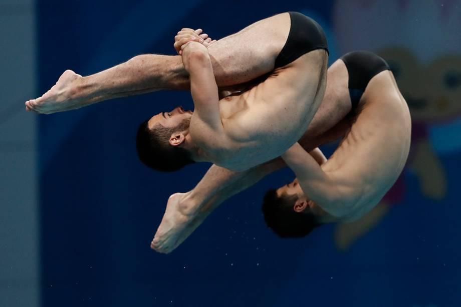 Dupla de armênios, Vladimir Harutyunyan e Lev Sargsyan, competem na categoria de saltos sincronizados pelo Campeonato Mundial de Esportes Aquáticos em Budapeste, na Hungria - 17/07/2017