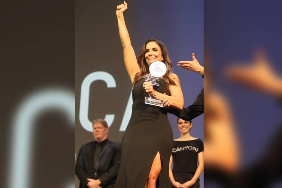 A cantora Ivete Sangalo recebe prêmio e é homenageada no 28° Premio de Música Brasileira que aconteceu no Rio de Janeiro do Teatro Municipal