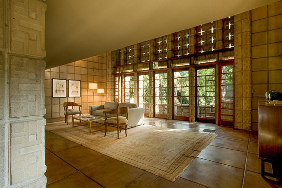 Ennis House, de Frank Lloyd Wright, em Los Angeles, Califórnia