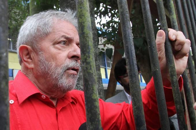 Ex-Presidente Luiz Inácio Lula da Silva –  26/10/2014