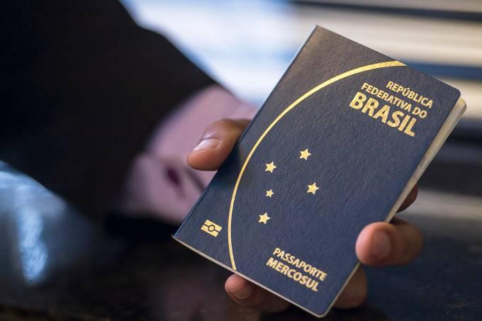 Novo passaporte comum eletrônico brasileiro