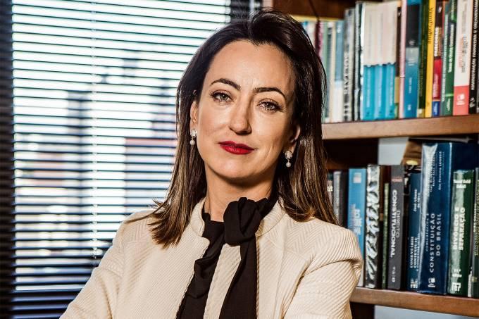 """CONFIANÇA – Diz a esposa do juiz federal Sergio Moro, a advogada Rosangela Moro: """"Espero que as pessoas um dia tenham orgulho de morar aqui (no Brasil)"""""""
