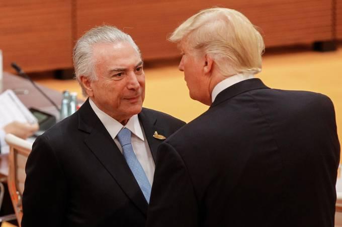 O presidente Michel Temer conversa com o presidente dos Estados Unidos, Donald Trump, durante a cúpula do G20, na Alemanha