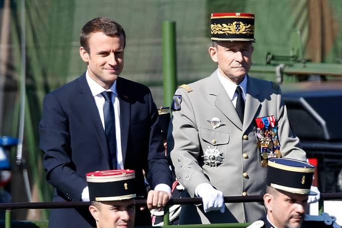 Emmanuel Macron e Pierre de Villiers
