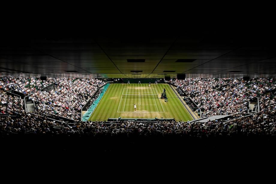 Vista geral da partida entre Magdalena Rybarikova, da Elováquia, e Garbine Muguruza, da Espanha, em Wimbledon