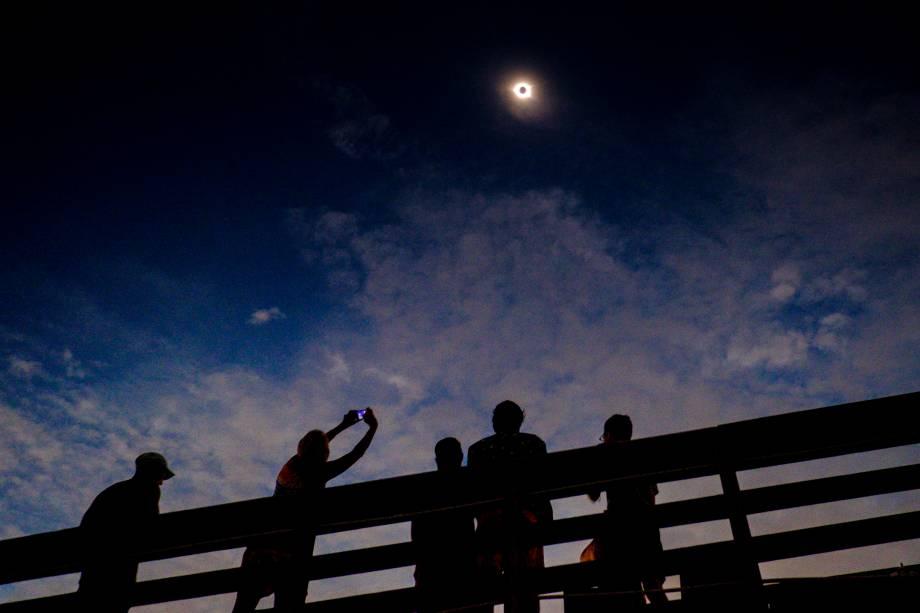 Eclipse solar visto a partir de Isle of Palms, na Carolina do Sul (EUA) - 21/08/2047
