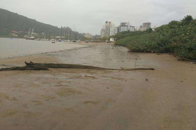 Recuo do mar em Itajaí - SC