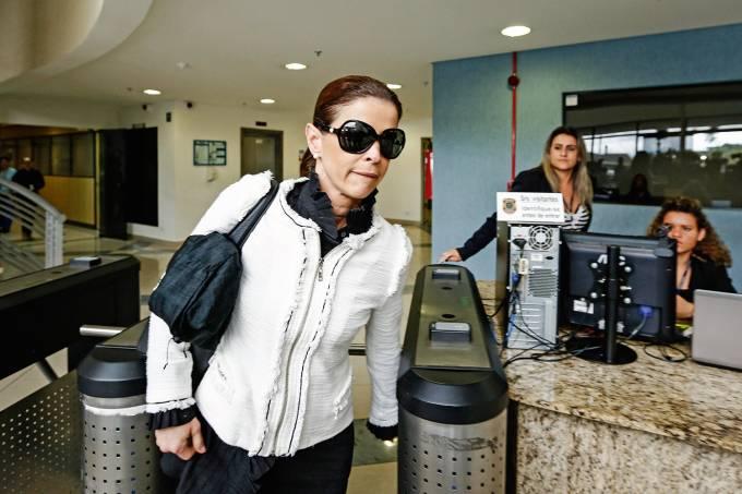 Novos tempos – A jornalista Cláudia Cruz, hoje: antes, luxo, viagens e mordomias com dinheiro desviado dos cofres públicos
