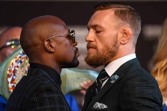 Floyd Mayweather e Conor McGregor se encaram antes da luta