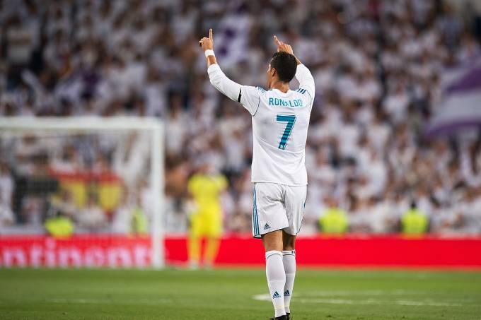 Cristiano Ronaldo comemora gol contra Fiorentina – 23/08/2017