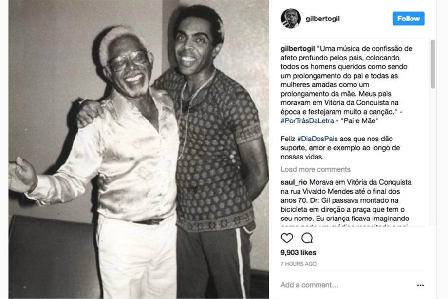 O cantor Gilberto Gil homenageia seu pai