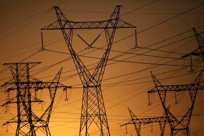 Torre de transmissão de energia elétrica – Eletrobras