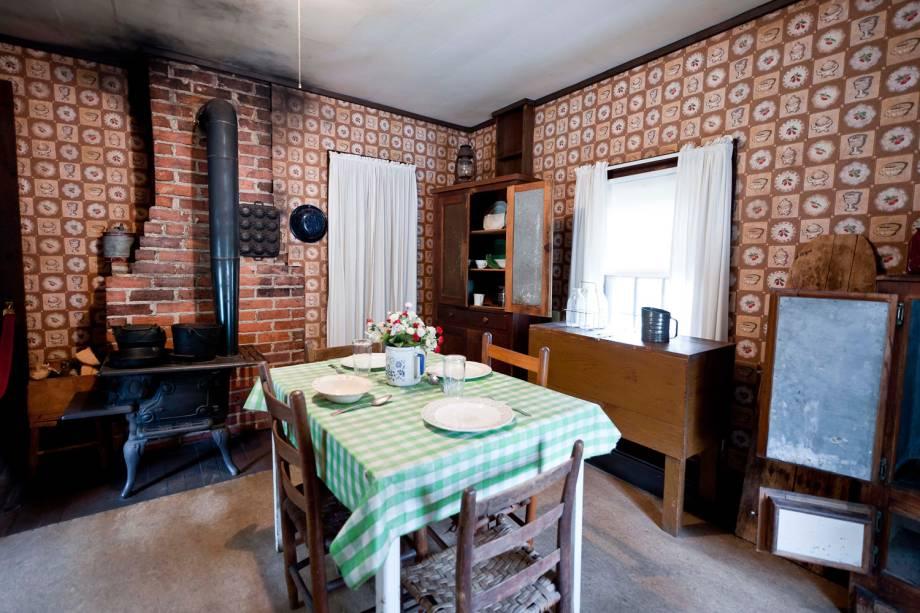 Cozinha da casa em que Elvis Presley nasceu, em Tupelo