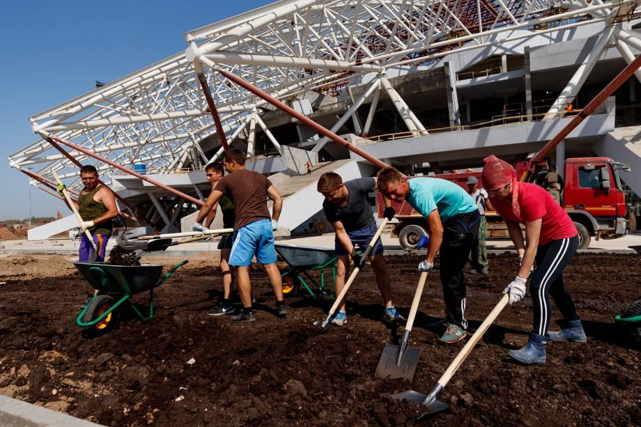 Vista geral das obras na Arena Samara na Rússia - 23/08/2017