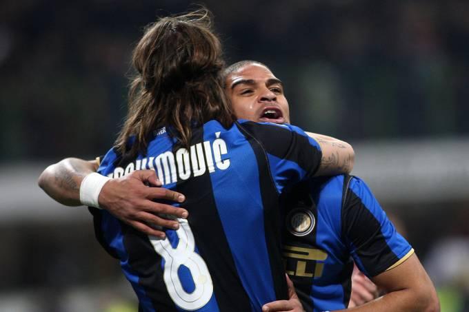 Ibrahimović e Adriano, no Inter de Milão
