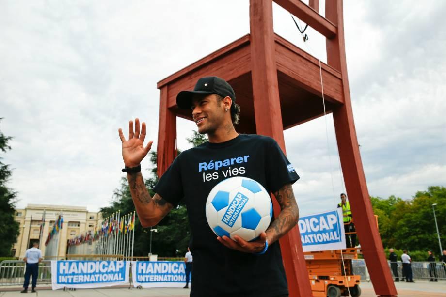 Neymar é apresentado como novo embaixador da boa vontade para pessoas com deficiência da organização Handicap International - 15/08/2017