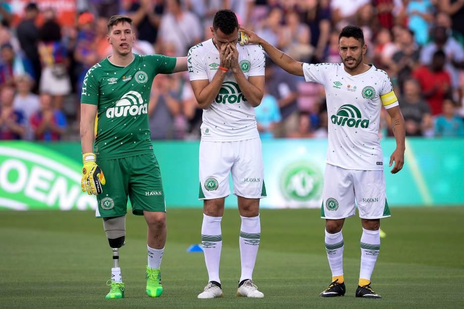 Neto, Jakson Follmann e Alan Ruschel, os sobreviventes da tragédia de novembro do ano passado, foram ovacionados no Camp Nou antes da partida entre Chapecoense e Barcelona, pelo Troféu Joan Gamper - 07/08/2017