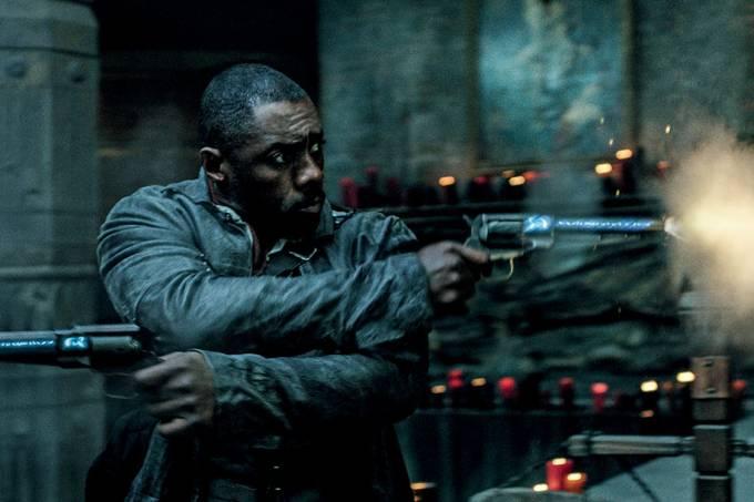 CINEMA – Idris Elba, presença magnética em A Torre Negra: fantasia com atmosfera de filme dos anos 80