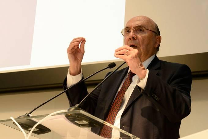 O Ministro da Fazenda, Henrique Meirelles, fala durante o Fórum de Simplificação e Integração Tributária, em Brasília – 07/08/2017