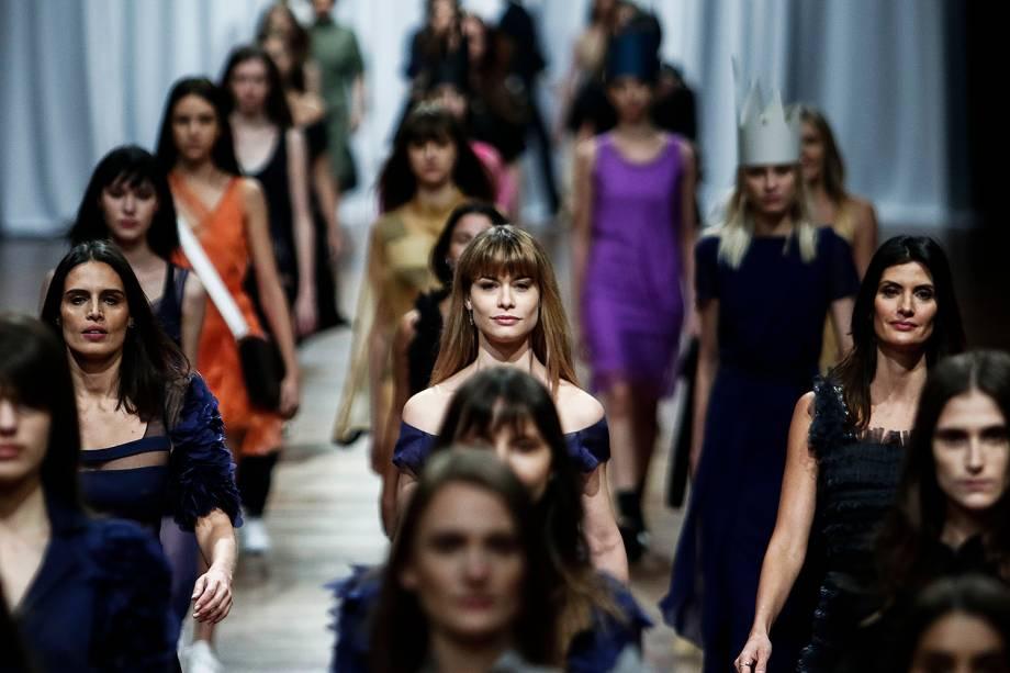 Desfile da criação de Gloria Coelho durante a 44ª edição do São Paulo Fashion Week realizado no Ibirapuera em São Paulo - 30/08/2017