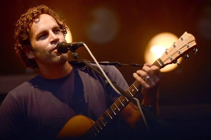 O cantor Jack Johnson durante show em Dover, nos Estados Unidos