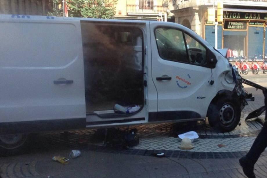 Van usando durante ataque nos arredores da avenida Las Ramblas em Barcelona, na Espanha - 17/08/2017