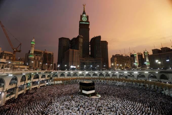 Peregrinação de muçulmanos a Meca na Arábia Saudita