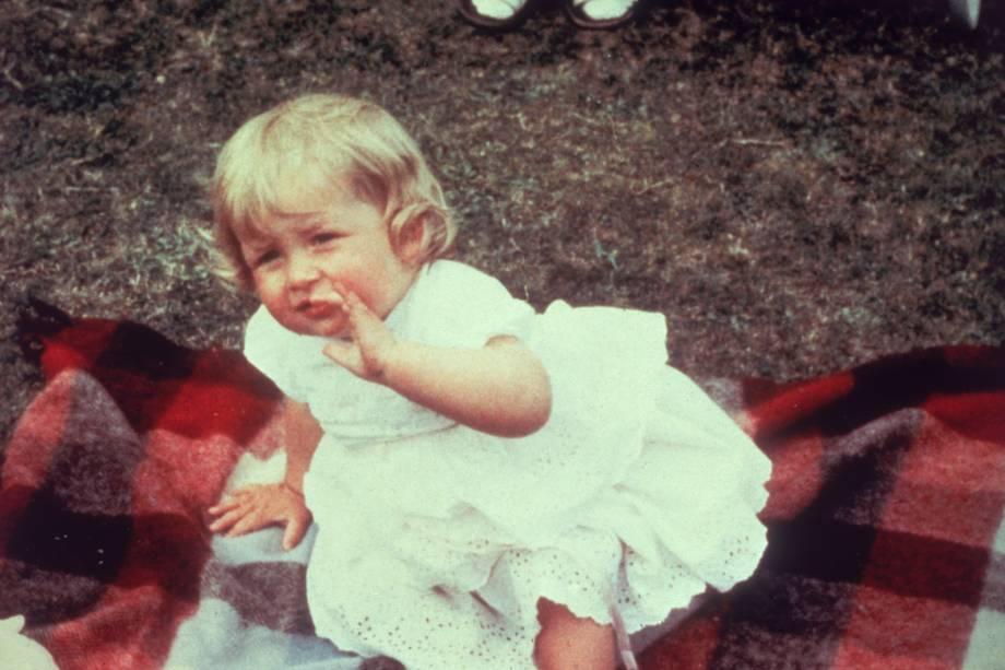 Lady Diana Spencer em seu primeiro aniversário na Park House, Sandringham em 1962