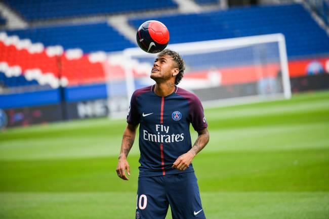 Apresentação de Neymar no PSG