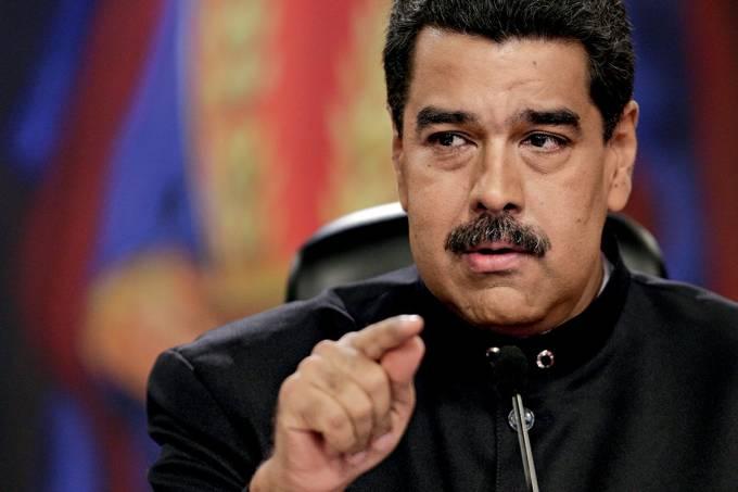 FRAQUEZA – O presidente Nicolás Maduro: os venezuelanos têm apreço por heróis militares