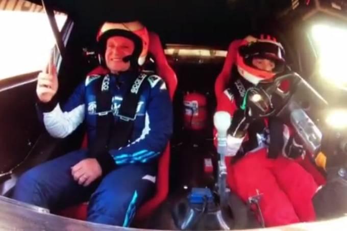 Rubens Barrichello se emociona ao lado do filho Dudu