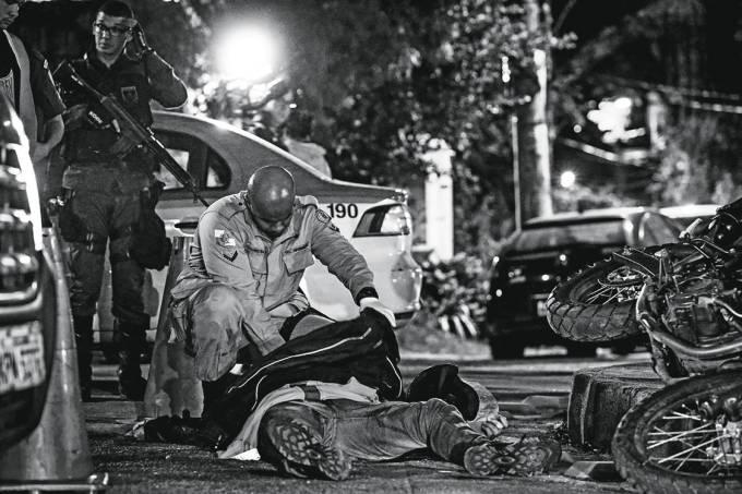 Morto número 86 – O corpo do soldado Cleber Xavier: alvejado durante a folga dois dias antes de completar 29 anos