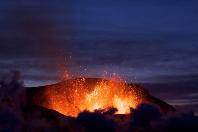 Erupção do Eyjafjallajökull na Islândia