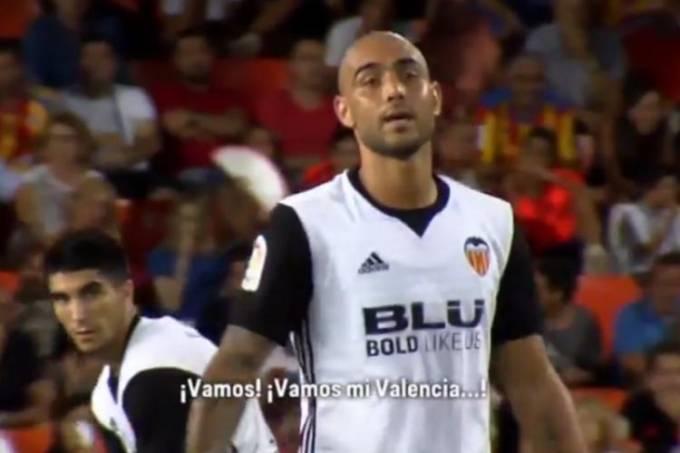 Simone Zaza é flagrado cantando música de torcida do Valencia