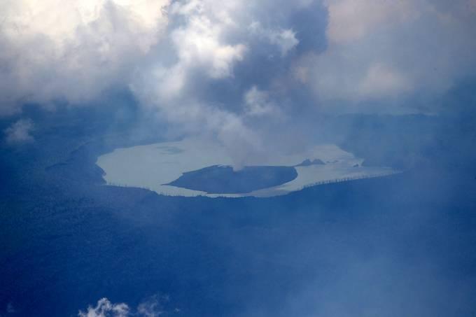 Vulcão Vanuatu, prestes a entrar em erupção